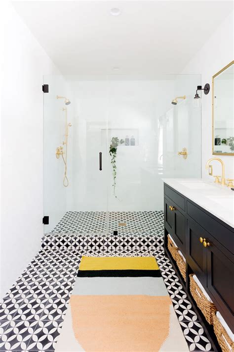Southern Bath And Kitchen Lafayette La by Best 25 Style Bathrooms Ideas On