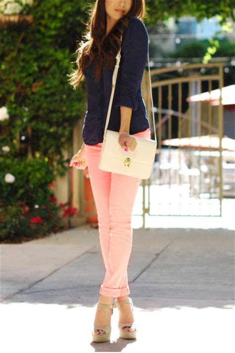 what to wear with light pink jeans light pink jeans navy shirts white bags eggshell heels