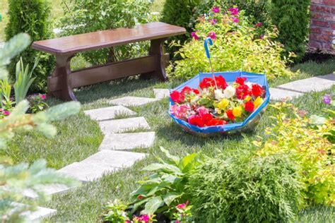 aiuole giardino fai da te 7 idee vorrai fare per abbellire il giardino donnad