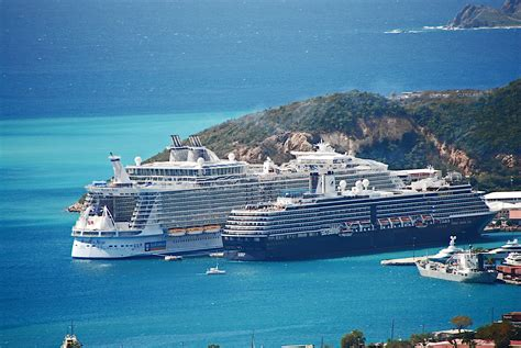 largest cruise ships aboard the largest cruise ship in the world the allure of