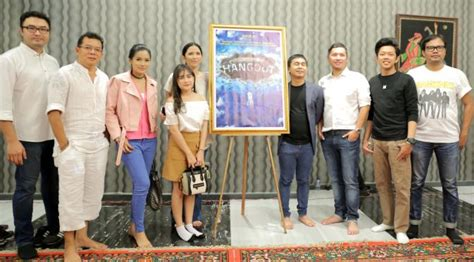 film raditya dika detektif film hangout besutan raditya dika akan tayang perdana pada