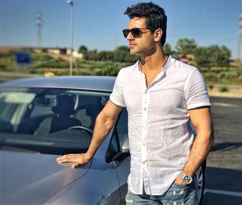 vivek dahiya mother name vivek dahiya wiki age height weight facebook instagram