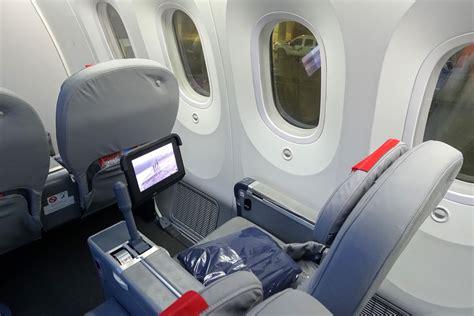 review norwegian air  premium class london   york