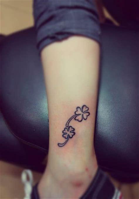 tattoo little flower little flowers tattoo flower girl tattoo feminine