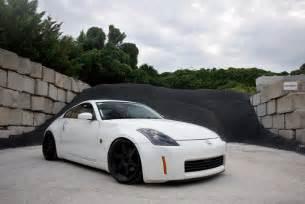 Nissan White White Nissan 350z Black Rims