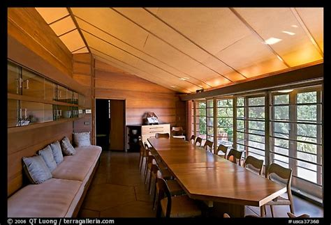 hanna house picture photo dining room hanna house a frank lloyd wright masterpiece stanford