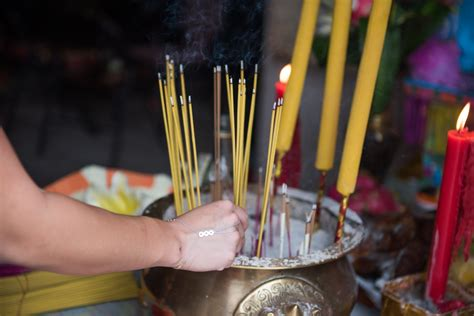 Incense Paper Folding - burn paper offerings to honour ancestors in