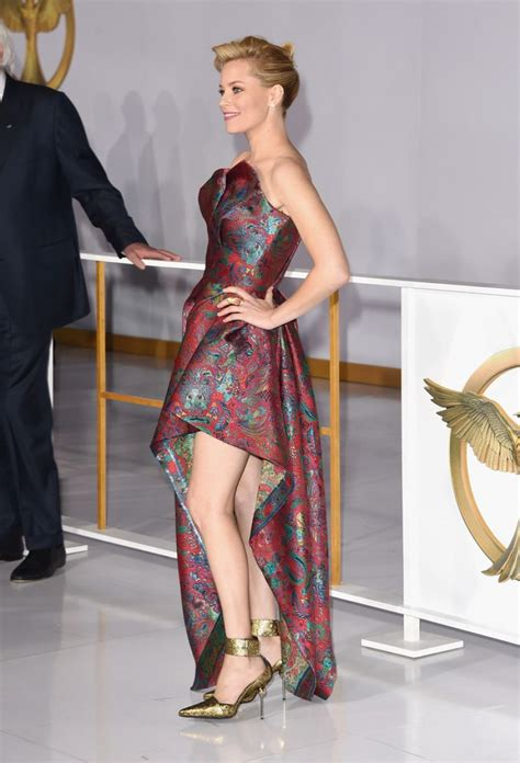 elizabeth banks mockingjay elizabeth banks at the hunger mockingjay part 1