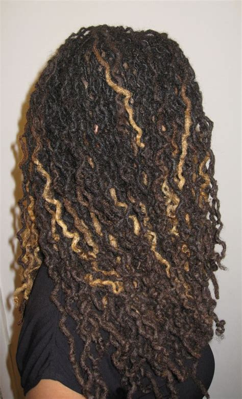 adding color to braids for highlights loc styles blonde highlights dreadlocks pinterest