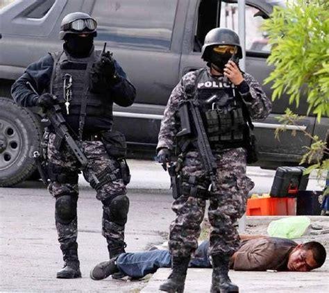 imagenes fuertes de muertes enfrentamiento entre narcotraficantes y polic 237 a mexicana