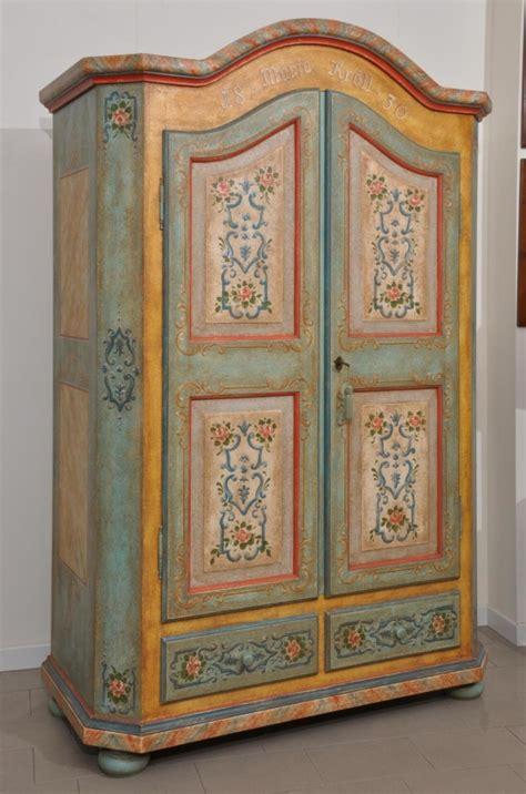 mobili tirolesi decorati armadi decorati tirolesi e veneziani archivi mobili