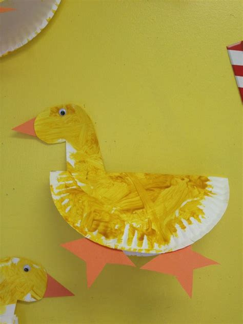 Paper Plate Duck Craft - 25 best ideas about duck crafts on chicken