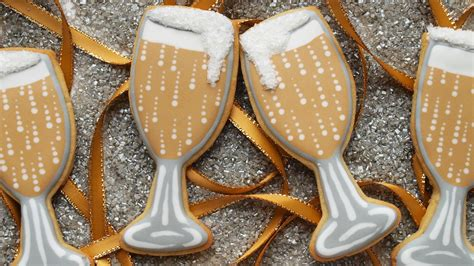 new year baking activities how to decorate chagne glass cookies for new year s