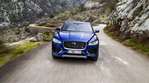 jaguar on top gear top gear s big road test the jaguar f pace top gear