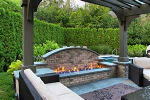 Backyard landscaping ideas patio traditional with bluestone patio boxwood garden