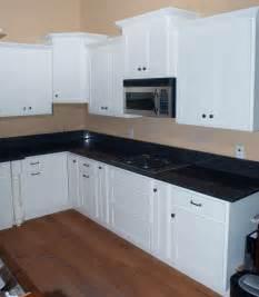 shaker cabinets white shaker rta cabinets knotty alder cabinets