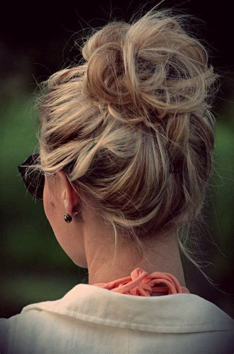 how to do quick messy hairstyles quick and easy messy bun hairstyles sortashion hair