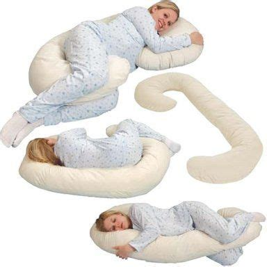 How To Sleep With Av Shaped Pillow by Best Pregnancy Pillow 2017 Maternity Pillow Reviews And