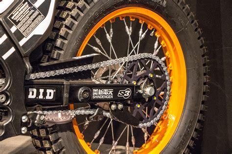 Motorrad Reifen Blockieren by Was Sagt Der Hinterreifen Deines Motorrads 252 Ber Dein