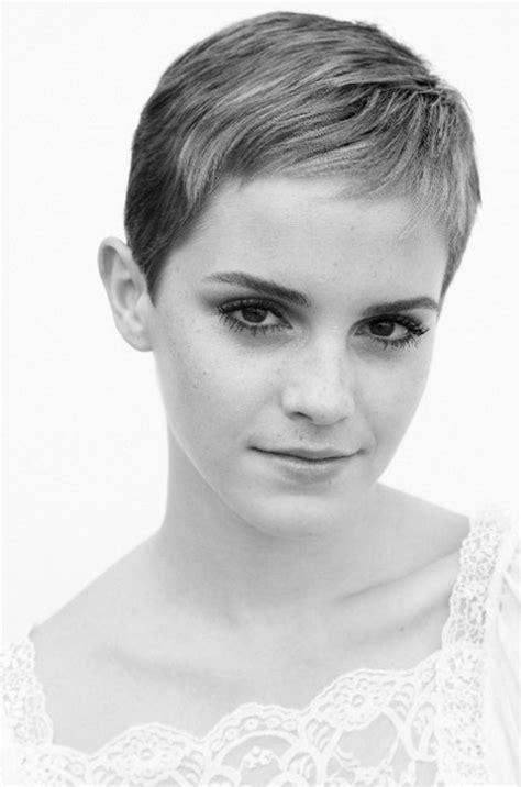 emma watson pixie cut emma watson s new pixie haircut