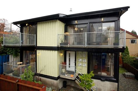 shipping container homes zigloo domestique bc canada