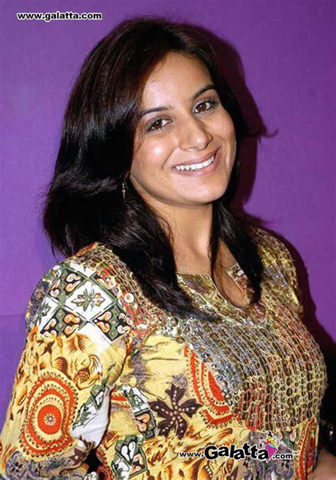 gandhi biography in kannada sinchhana kannada best actress pooja gandhi
