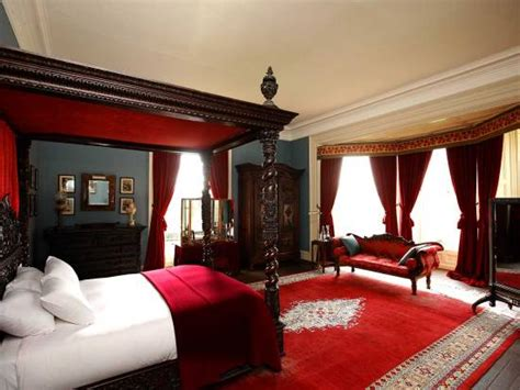 traditional bedroom decorating ideas 20 red master bedroom design ideas ultimate home ideas