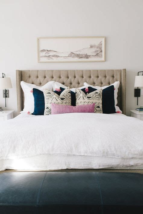how to place throw pillows on a bed 17 best ideas about pillow arrangement on bed