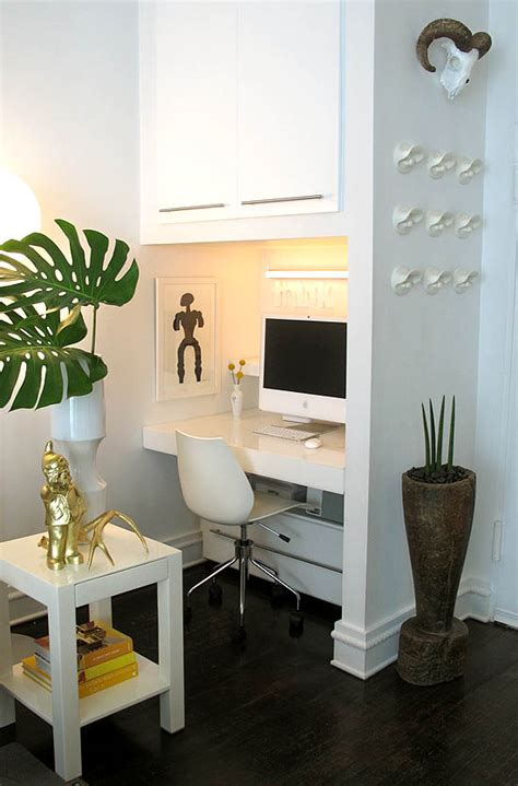 Small Home Office Square Footage A Modern 500 Square Foot New York Apartment Style