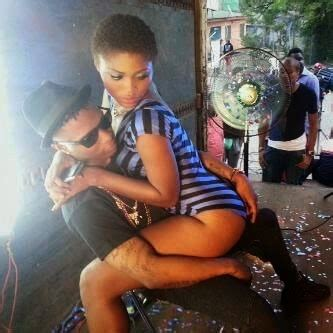 celebrity meaning in hausa omg what is wizkid trying to do to this s exy girl see