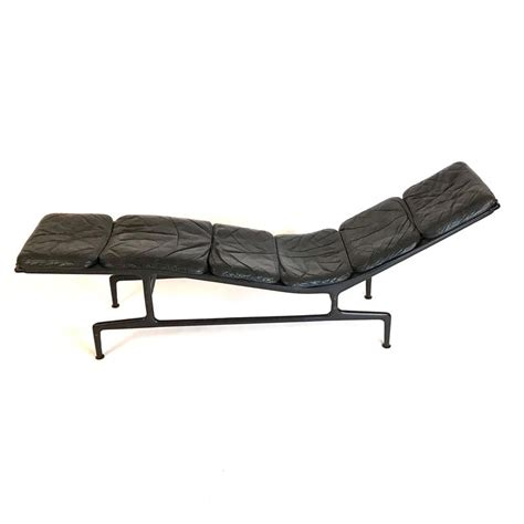 herman miller chaise charles eames for herman miller billy wilder leather