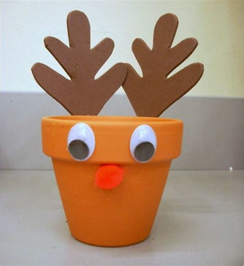 reindeer craft projects easy reindeer treat holder craft