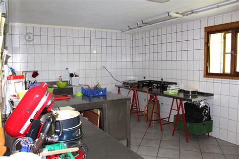 Scheune Werkstatt by Vier Seiten Hof