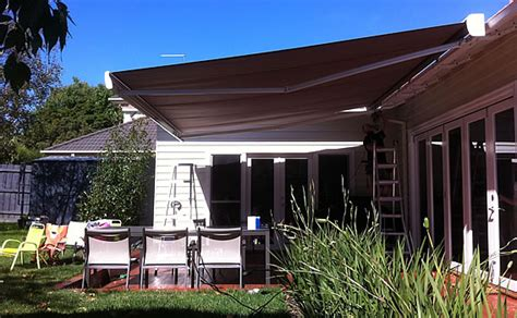 aluxor awnings folding arm awnings melbourne retractable awnings
