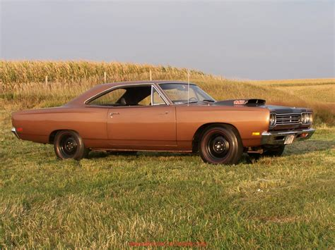 plymouth roadrunner images 1969 plymouth roadrunner information and photos momentcar