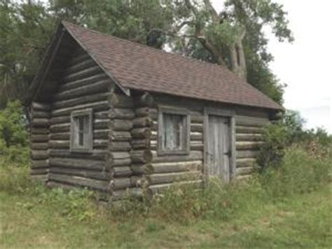 Telephone Pole Log Cabin by Farm Show Log Cabin Made From Power Poles