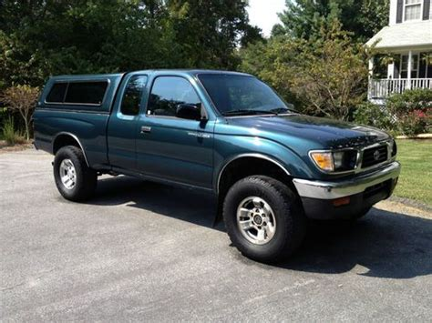 car owners manuals for sale 1997 toyota tacoma instrument cluster find used toyota tacoma 1997 extended cab 4x4 manual v4 in asheville north carolina united states