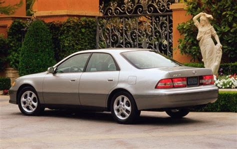 lexus es 2000 2001 lexus es 300 information and photos zombiedrive