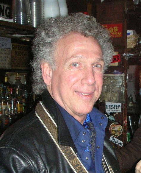 Author Gruen by Bob Gruen