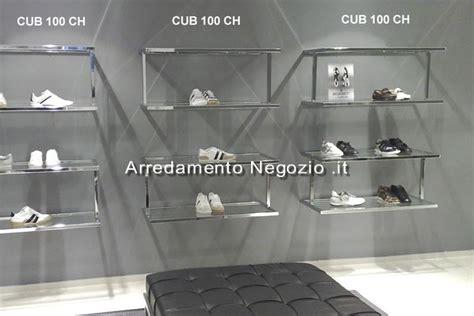 arredo negozio scarpe arredamento negozio it arredamento per negozi di moda