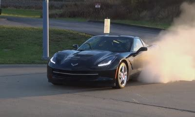 1969 l88 corvette rips through the 1/4 mile at 121 mph