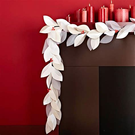 How To Make Paper Garland Decorations - best 25 leaf garland ideas on diy fall