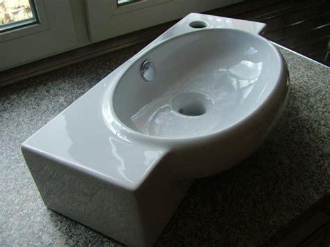 gäste wc fliesen oder streichen g 228 ste wc fliesen gr 252 n haus design m 246 bel ideen und