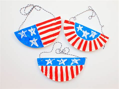 Handmade Paper Plates - celebrate 4th of july with a patriotic craft handmade