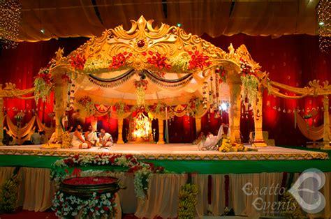 Wedding Album Design In Hyderabad by Colorful Flower Wedding Reception Manavarai Decoration