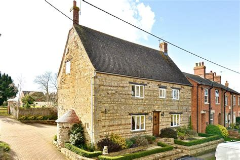 Cottages For Sale Northtonshire by 4 Bedroom Cottage For Sale In Abthorpe