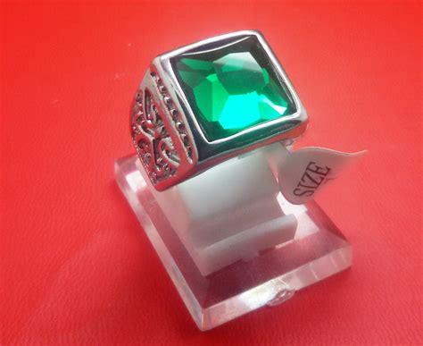 Dijamin Cincin Titanium Import Silver Pria Cowok Hijau Emerald jual cincin titanium import silver pria cowok hijau