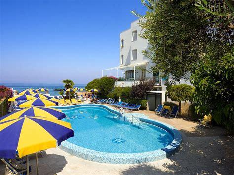 hotel a ischia porto hotel ambasciatori 4 stelle ischia porto isola d ischia