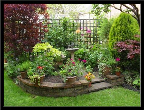 Backyard Corner by Small Backyard Corner Landscaping
