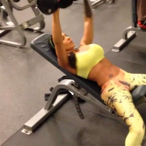 girls bench press 201 best images about bench press on pinterest barbells